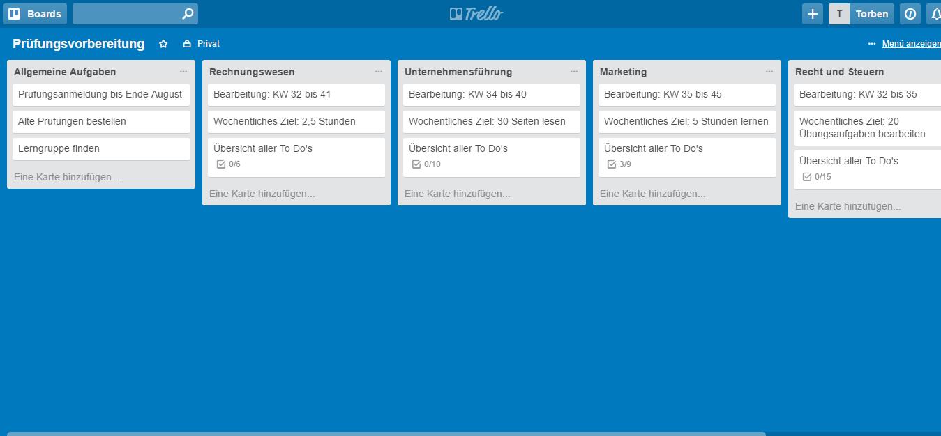 So sieht unser Lernplan nach dem zweiten Schritt aus. In allen Liste stehen bereits die Basisinfos, die wir gleich um konkrete Aufgaben ergänzen (Screenshot: trello.com).